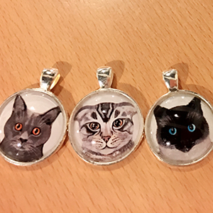 round-cat-necklace
